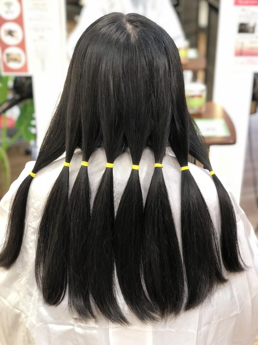 自分 で 髪 を 切る